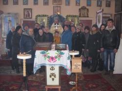 Паломники Доброполья поддержали общину Свято-Ильинского храма села Ново-Александровка