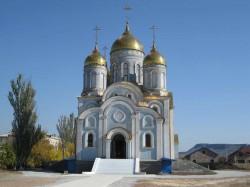 Престольный праздник Покровского храма г. Доброполья. Первая Божественная Литургия.