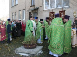23 октября Свято-Амвросиевский храм г. Доброполья отметил свой второй престольный праздник