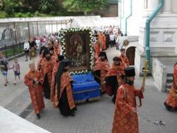 9 мая в Святогорской Лавре.Крестный ход и панихида.